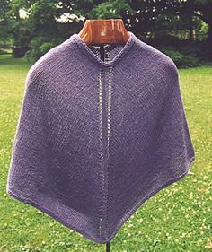 Capelet Poncho - from morehouse farm ponchoscapasen tricot, pattern, capelet poncho, morehous farm