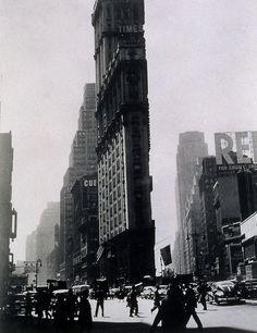 Rudy Burckhardt, Times Building (c. 1948)