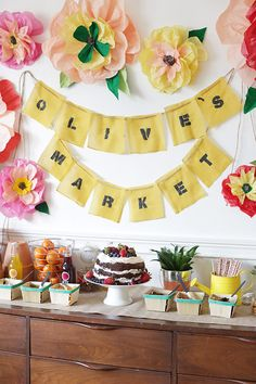 Farmer's Market birthday party | Lark Photography | 100 Layer Cakelet