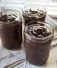 Chocolate Hazelnut Spread (homemade Nutella with coconut oil)