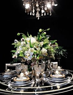 Elaborate tablesetting