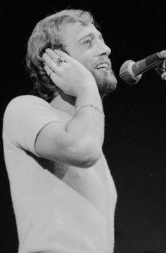 Robin 1976
