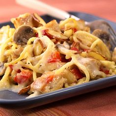 This healthier alternative to the traditional chicken tetrazzini recipe tastes just as great as the original recipe!