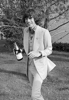 Mick & Champagne - celebrity weddings