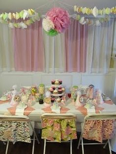 Vintage cupcake birthday party