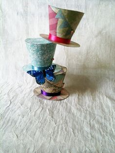 Alice in wonderland party table decor by WhimsicalKrafts on Etsy