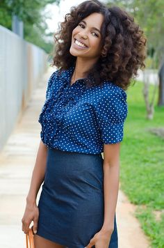 Her natural hair Is beautiful!