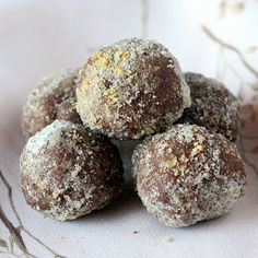Ginger bread spice Chocolate Nut butter Truffles #vegan #glutenfree