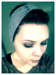 DIY Pinup Headband ~ A Lady's Letters. I successfully made this today and am rockin it while I clean the house.