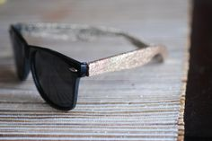 DIY Glitter Sunglasses (#ModPodge #sunglasses #glitter)