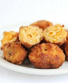 Mac and Cheese bites are seriously my favorite things in the whole wide world. I remember eating mac and cheese everyday growing up