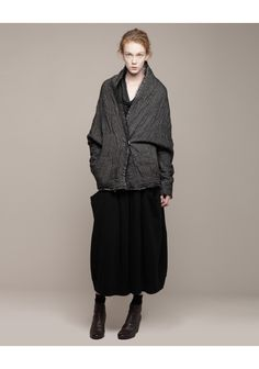 forme d'expression / Double Layered Batwing Coat