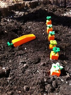LEGO Quest Kids: great website with lego challenges that kids can do with their own lego. Fun, fun!