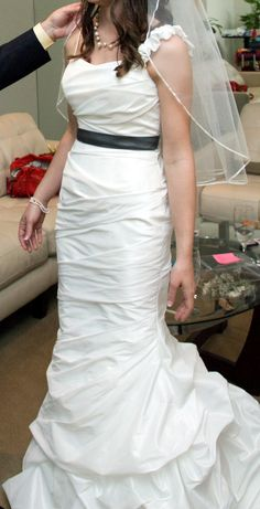 Wedding Dress for sale $550 size 2 or 4. Contact me. http://houston.craigslist.org/clo/3570256763.html