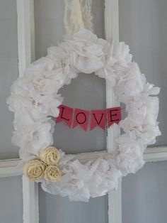 Easy wreath DIY tutorial -- change to summer colours.