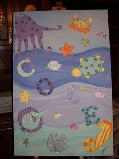 Wall hanging canvas to match layette