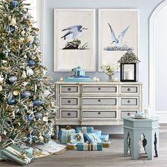 Coastal Christmas @LaylaGrayce #laylagrayce #destinationispiration #christmasbythesea