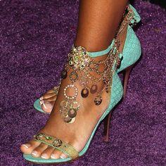 fashion, mint green, lisaray mccoy, jewel chain, summer shoes, chains, heel, sandal, chain ankl