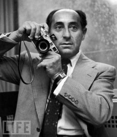 Eisenstaedt with his 35mm Leica M3 camera