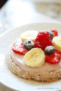 Fruit and Waffle Breakfast Pizzas - Use Van's GF waffles, Yum!