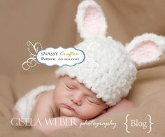 cute cute cuuuute for #Easter! #photography #baby bunni hat, crochet baby hats, crochet hats, baby bunnies, newborn hats, hat patterns, crochet patterns, easter bunny, photography props