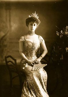 The beautiful Princess Maud (Maud Charlotte Mary Victoria) (1869-1938) of Wales, UK. 5th child of Edward VII (1841-1910) & Alexander of Denmark (1844–1925) & Queen of Norway. Maud acquired a reputation for dressing with fashionable chic. An exhibition of numerous items from her elegant wardrobe was held at the Victoria &  Albert Museum in 2005.