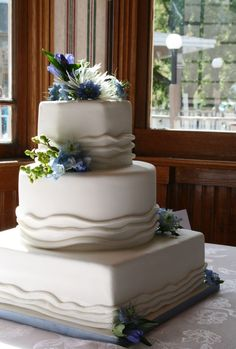 Square, Round and Hexagon shapes were combined in this cake.