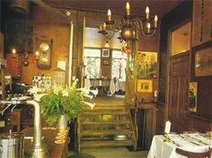 Restaurant Koevoet near the Noordermarkt is an old fashioned Dutch restaurant with delicious Italian food. Try the tagliata di manzo and the scroppino!