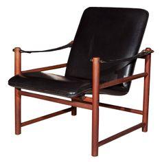 Lovely MCM Norwegian safari chair.