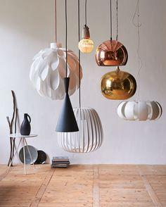 Styling: Fietje Bruijn | Photographer: Dennis Brandsma vtwonen januari 2014 #vtwonen #magazine #interior #white #copper #metal #pendant #lamp #pendantlamp #light #collection