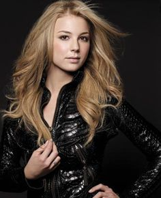 Enchanting Emily VanCamp :: Articles :: Los Angeles Confidential Magazine