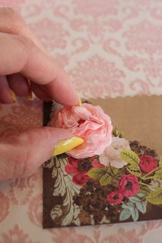 cabbage rose tutorial with tissue paper.  Adorable