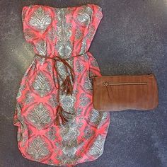 Easy, breezy summer dress and clutch. I LOVE the belt