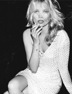 Kate Moss by Mario T
