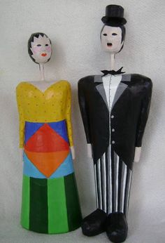 Bonecos+de+papel+machê+-+Carlitos+32cm+e+Boneca+30+cm R$ 280,00