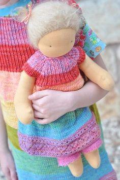 rainbow tunic, craft, match rainbow, weekend knit, knitting, waldorf dolls, rainbows, doll dress, tunics