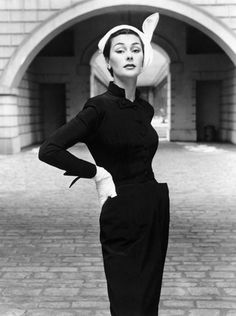 Model: Anne Gunning