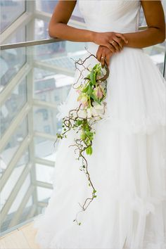 Bringing the outdoors in at the Kimmel Center. Captured By: Lindsay Docherty Photography #weddingchicks http://www.weddingchicks.com/2014/08/27/spring-time-wedding-ideas/
