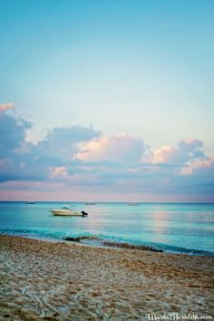 Seven Mile Beach | Grand Cayman Island on FamilyFreshCooking.com