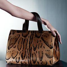 Giorgio Armani Top Handle in Brown (Light brown). Animal pattern _ Giorgio Armani Women Accessories at Giorgio Armani Online Store