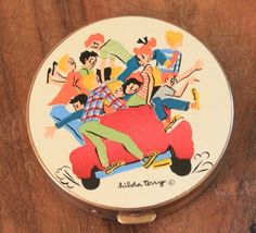 Vintage Powder Compact Hilda Terry Comic Character Fifth Rex Avenue