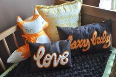 Fox pillows in this woodlands #nursery