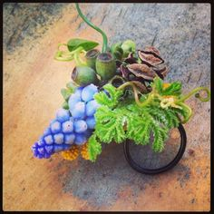 Kate's botanical ring, workshop LA, Françoise Weeks