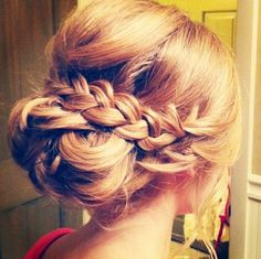 Show off a braid in your hair at #prom