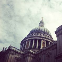 Clouds gather over St Paul's Cathedral in #London today, 6°C | 43°F #BurberryWeather