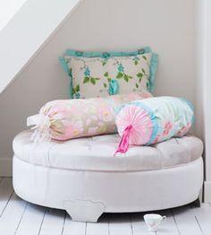 Beautiful DIY pillows by Ariadne at Home