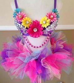#rave #love #plur #dance #edm #edc #electricdaisycarnival #raveattire #halloween #heart #fashion #heart #kandi #kandikid