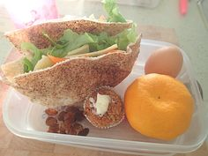 What does a healthy school lunch box look like?
