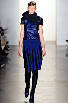 Blue Leather at Ohne Titel
