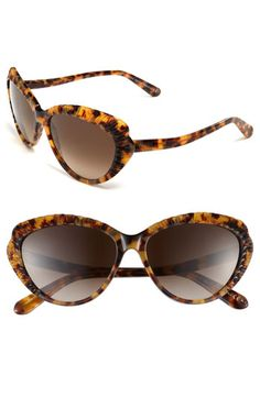 Alexander McQueen: Cat Eye Sunglasses
